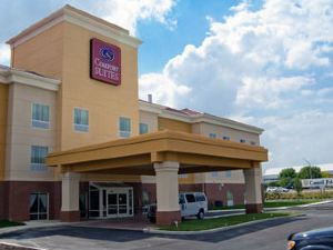 南印第安納波利斯機場舒適套房酒店(Comfort Suites Indianapolis Airport)