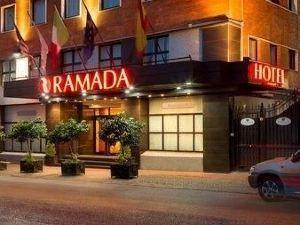 華美達那不勒斯酒店(Ramada Naples)