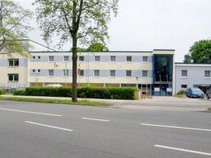 愛姆科里維斯伯格酒店(Hotel am Klieversberg)