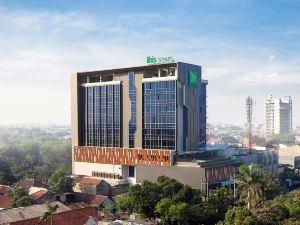 蘇拉芭雅也穆薩里宜必思尚品酒店(Ibis Styles Surabaya Jemursari)