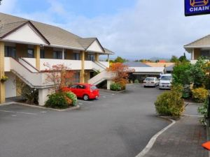 芬頓閣汽車旅館(Fenton Court Motel)