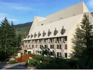 惠斯勒山邊公寓式酒店(Mountain Side Hotel Whistler by Executive)