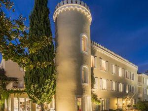 德拉圖爾城堡酒店(Hôtel Château de la Tour)