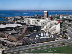 亞當馬克布法羅尼亞加拉大酒店(Adam's Mark Buffalo Niagara)