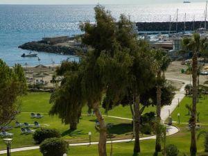 聖拉斐爾度假酒店(St Raphael Resort)