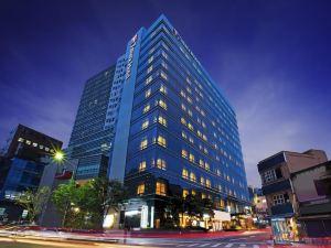 首爾明洞蒂瑪克酒店(Tmark Hotel Myeongdong Seoul)