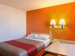 丹佛中心6號汽車旅館 - 聯邦大道(Motel 6 Denver Central - Federal Boulevard)