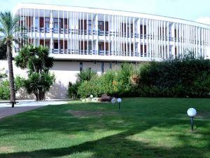 古斯梅海灘度假村-勒杜套房酒店(Gusmay Beach Resort - Hotel Suite le Dune)