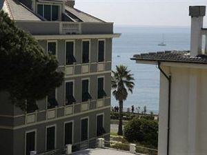 勞倫斯酒店(Hotel Laurens)