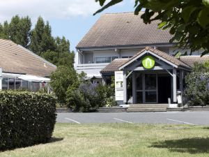 鐘樓波爾多北拉克酒店(Campanile Bordeaux Nord - le Lac)