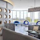 埃德蒙頓萬麗機場酒店(Renaissance Edmonton Airport Hotel)