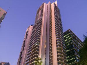 布里斯班盛橡愛住河上之城酒店(IStay River City Brisbane)