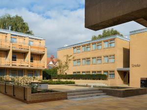 學院庭院酒店(College Court)