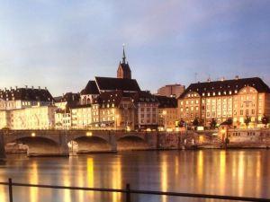 巴塞爾AV城市客房民宿(AVLiving City Room Basel B&B)