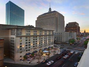 波士頓洛伊斯酒店(Loews Boston Hotel)