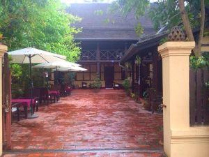 老木屋別墅酒店(Villa Lao Wooden House)
