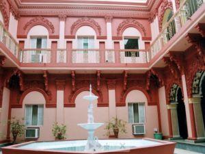 巴亞偉國際酒店(Pallavi International Hotel)