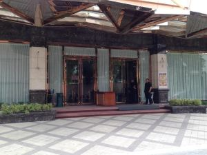 中央公園塔樓度假酒店(Central Park Tower Resort)
