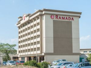 埃德蒙頓南部華美達酒店(Ramada Edmonton South)