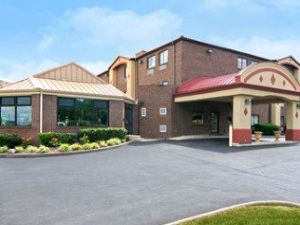奧普里蘭納什維爾音樂城機場速8酒店(Airport Super 8 Opryland Nashville Music City)