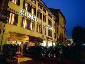 瑪斯緹諾酒店(Hotel Mastino)