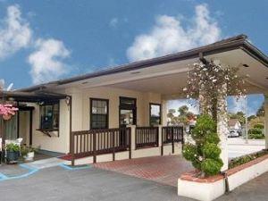 蒙特里菲爾會展伊克諾旅館(Econo Lodge Monterey Fairgrounds)