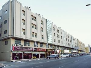 曼蘇爾廣場酒店式公寓(Mansour Plaza Hotel Apartments)