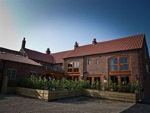 老橡樹酒店(The Oak Tree Inn)