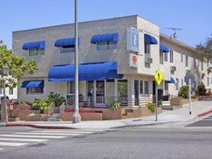聖莫妮卡啤可旅客之家(Santa Monica Pico Travelodge)