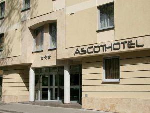阿斯科特酒店(Ascot Hotel)