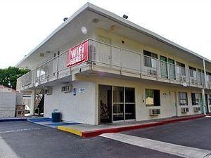 6號薩克拉門托汽車旅館 - 老薩克拉門托北部(Motel 6 Sacramento - Old Sacramento North)