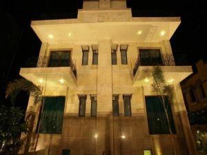 古爾岡胡斯塔酒店(Justa Gurgaon)