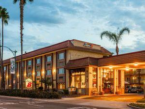 阿納海姆迪士尼樂園速8酒店(Super 8 Anaheim Disneyland Drive)