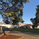 堪培拉庫拉降酒店(Hotel Kurrajong Canberra)