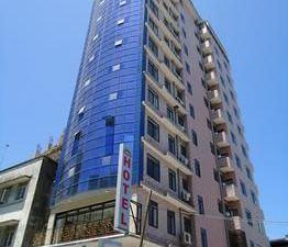 彩虹酒店(Rainbow Hotel)