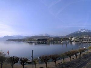 盧塞恩施威霍夫酒店(Hotel Schweizerhof Luzern)