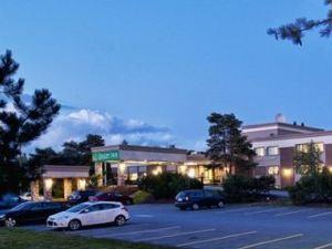哈里法克斯機場品質酒店客棧(Quality Inn Halifax Airport)