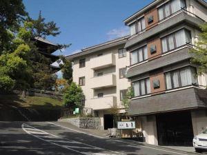 江泉旅館(Ryokan Kosen)