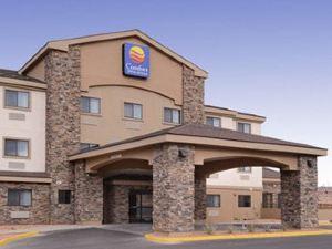 舒適套房酒店(Comfort Inn & Suites)