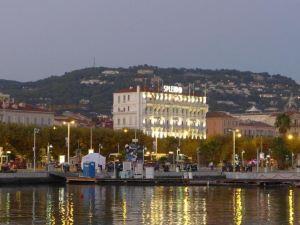 戛納錦繡大酒店(Splendid Hotel Cannes)