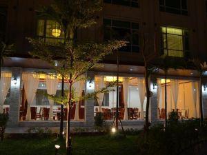三江大酒店(San Jiang Grand Hotel)