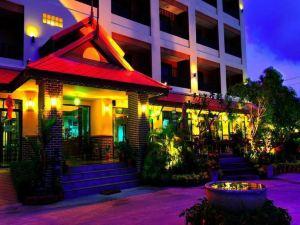 羅勇蘭納酒店(Rayong Lanna Hotel)