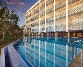巴厘島金巴蘭斯特薩酒店