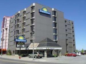 尼亞加拉瀑布附近戴斯酒店(Days Inn - Niagara Falls, Near the Falls)