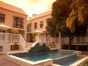 海豚海灘酒店(Dolphin Beach Hotel)