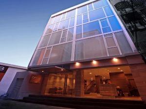 康帕斯酒店集團素坤逸娜娜奧8酒店(On 8 Sukhumvit Nana Bangkok by Compass Hospitality)