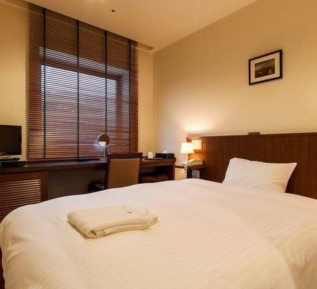博多市善騰酒店(Sutton Hotel Hakata City)中床房