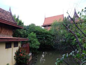 瑯勃拉邦村莊酒店(Luang Chumni Village)