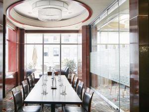 洛克菲勒中心俱樂部會住宅酒店(Club Quarters Hotel, Opposite Rockefeller Center)
