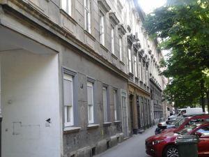 蒂亞公寓酒店(Tia Apartments)